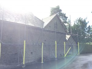 scaffolding and woodchip paths 003